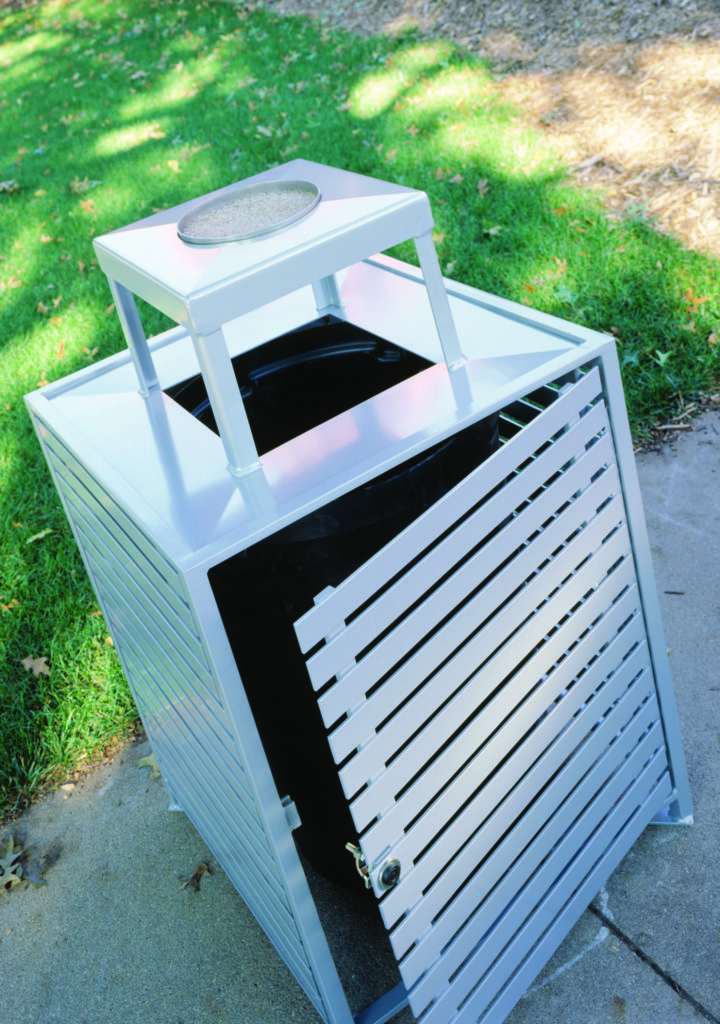 Ashebrooke side load square litter receptacle 1