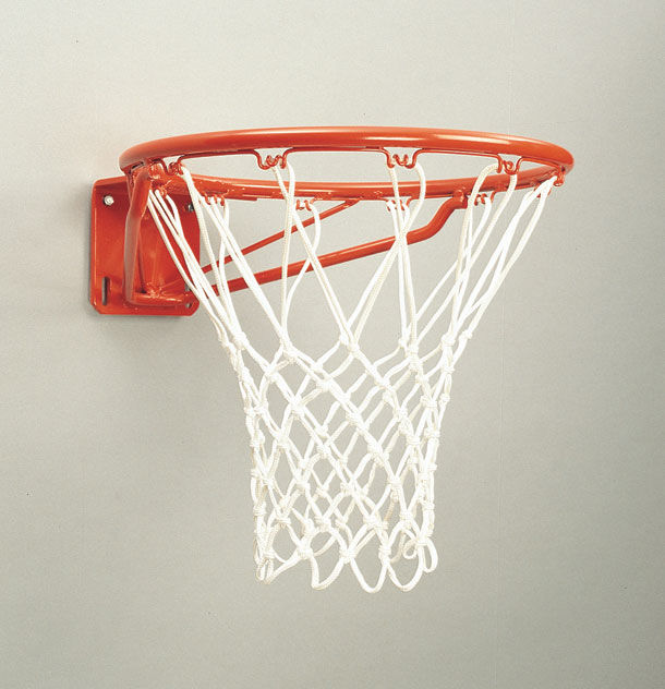 Magnum Heavy-Duty Playground Basketball Goal 1