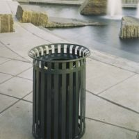 Manchester top load round 40 gallon litter receptacle