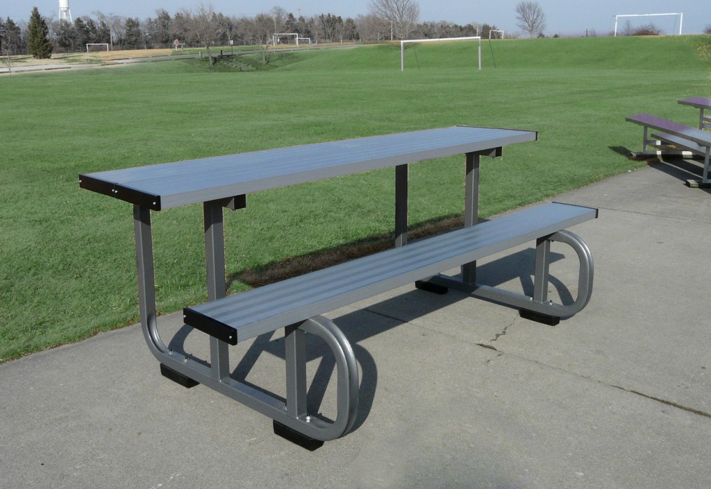 8′ Outdoor Sports Scoring Table 1