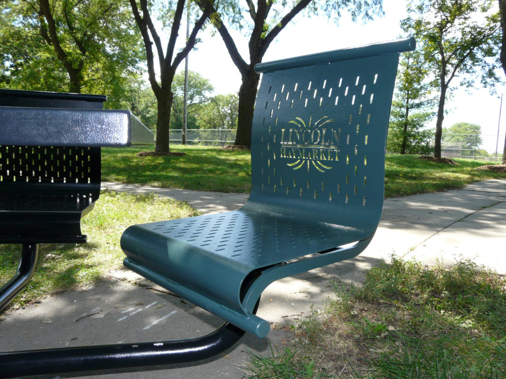 Picnic Time backed swivel seat 1